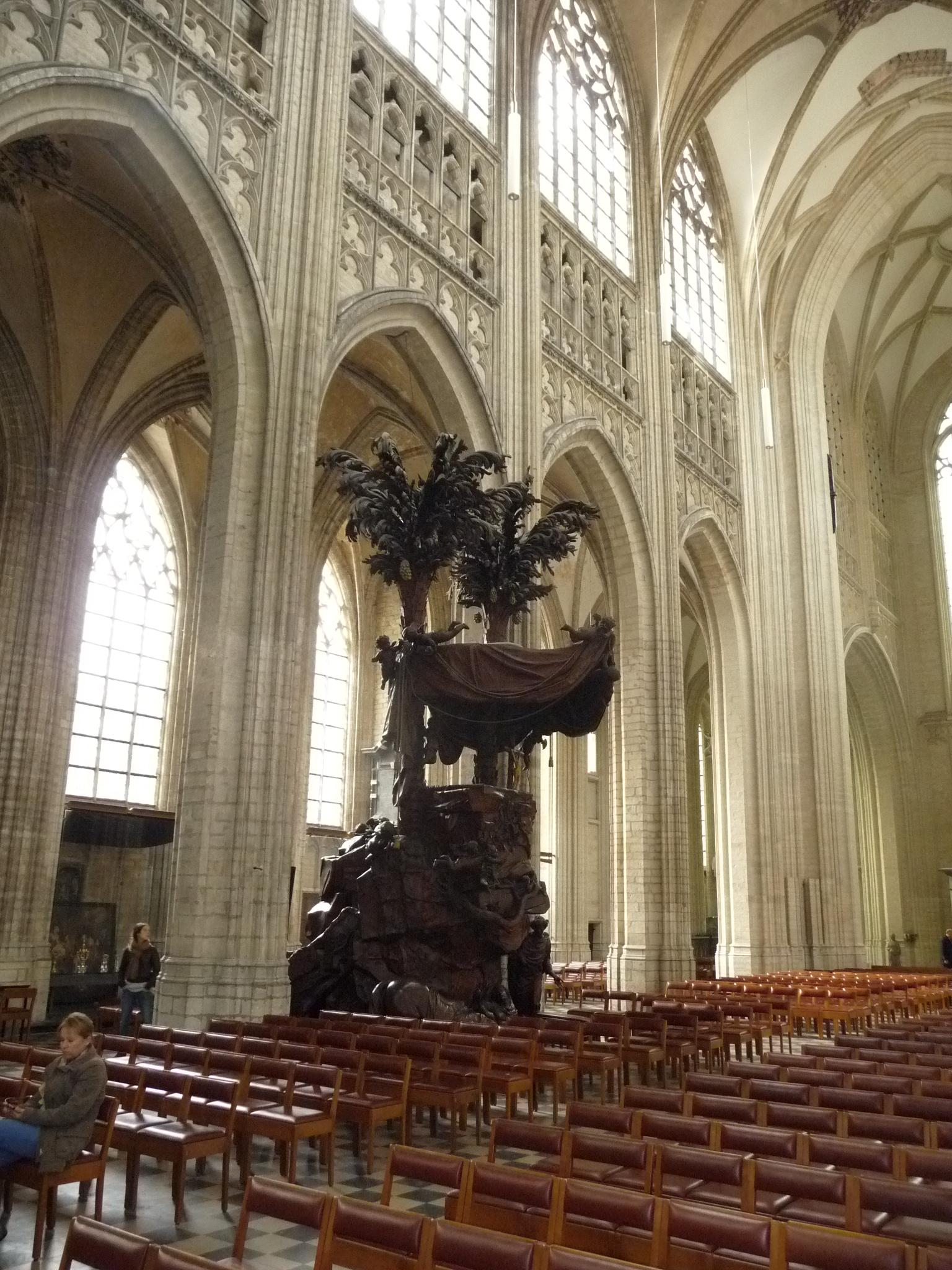 St Peter's church pulpit
