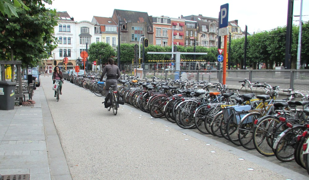 Explore Ghent by bike