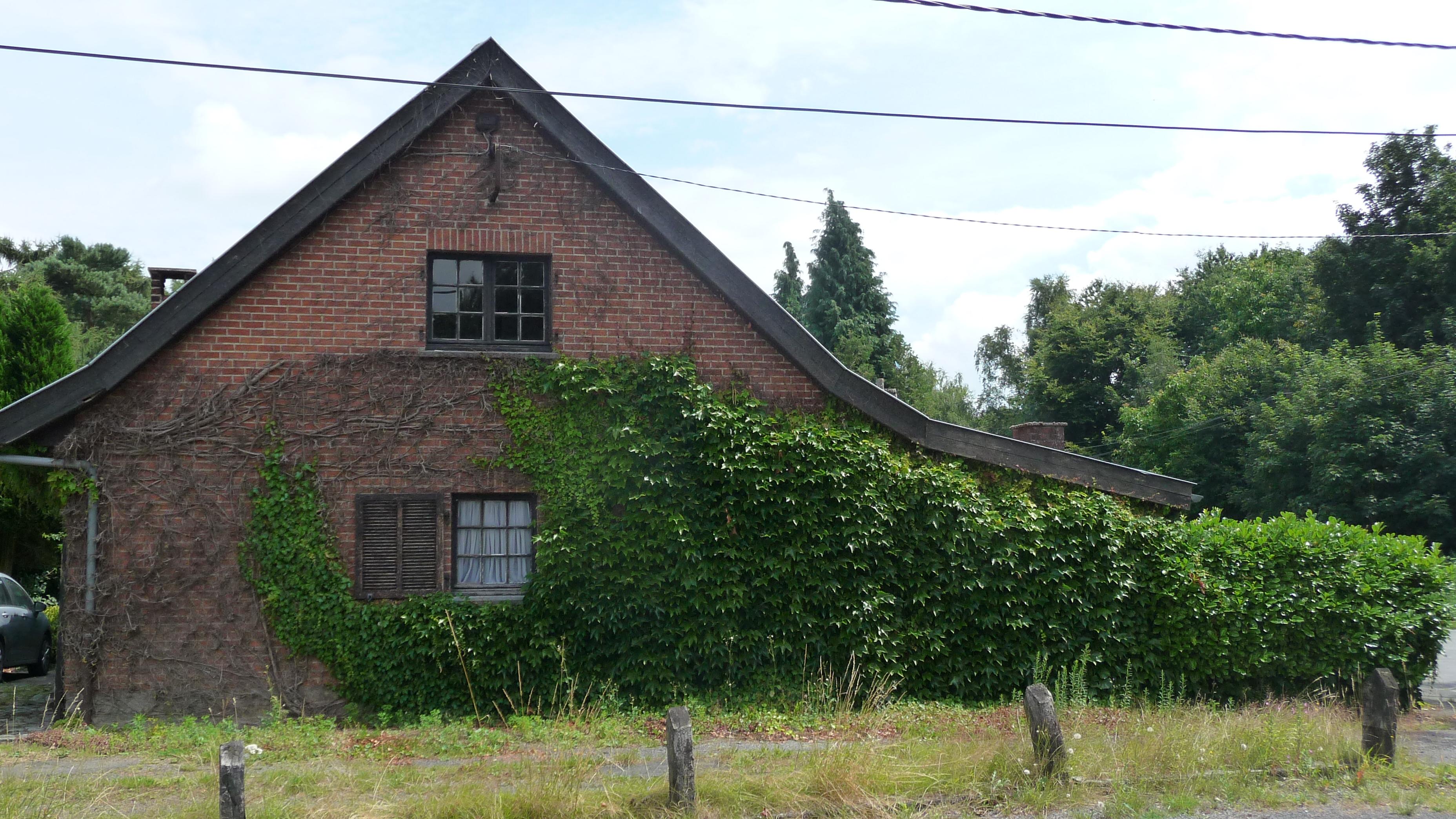 Saint Saveur house
