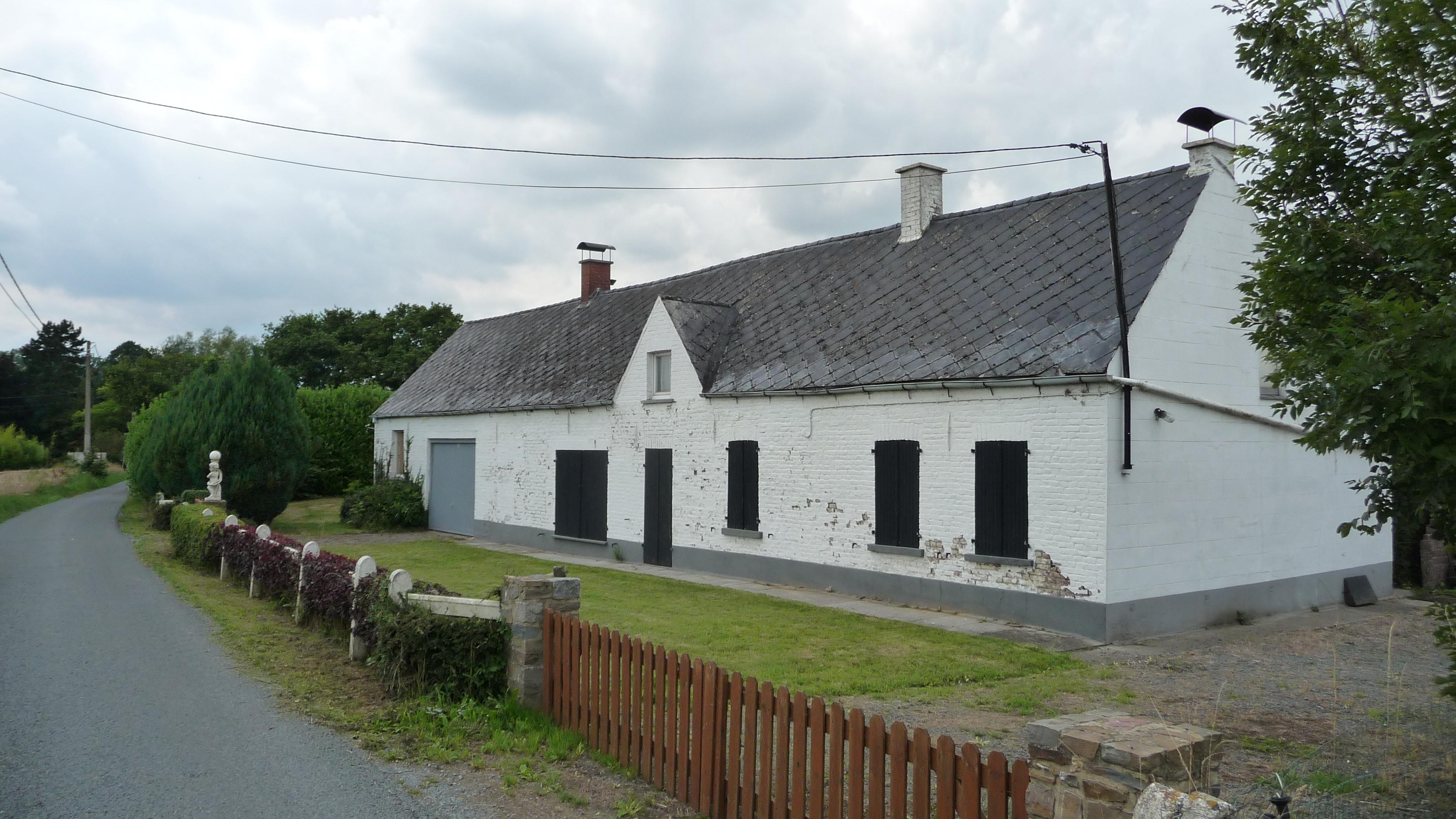 House in Frasnes-les-Anvaing
