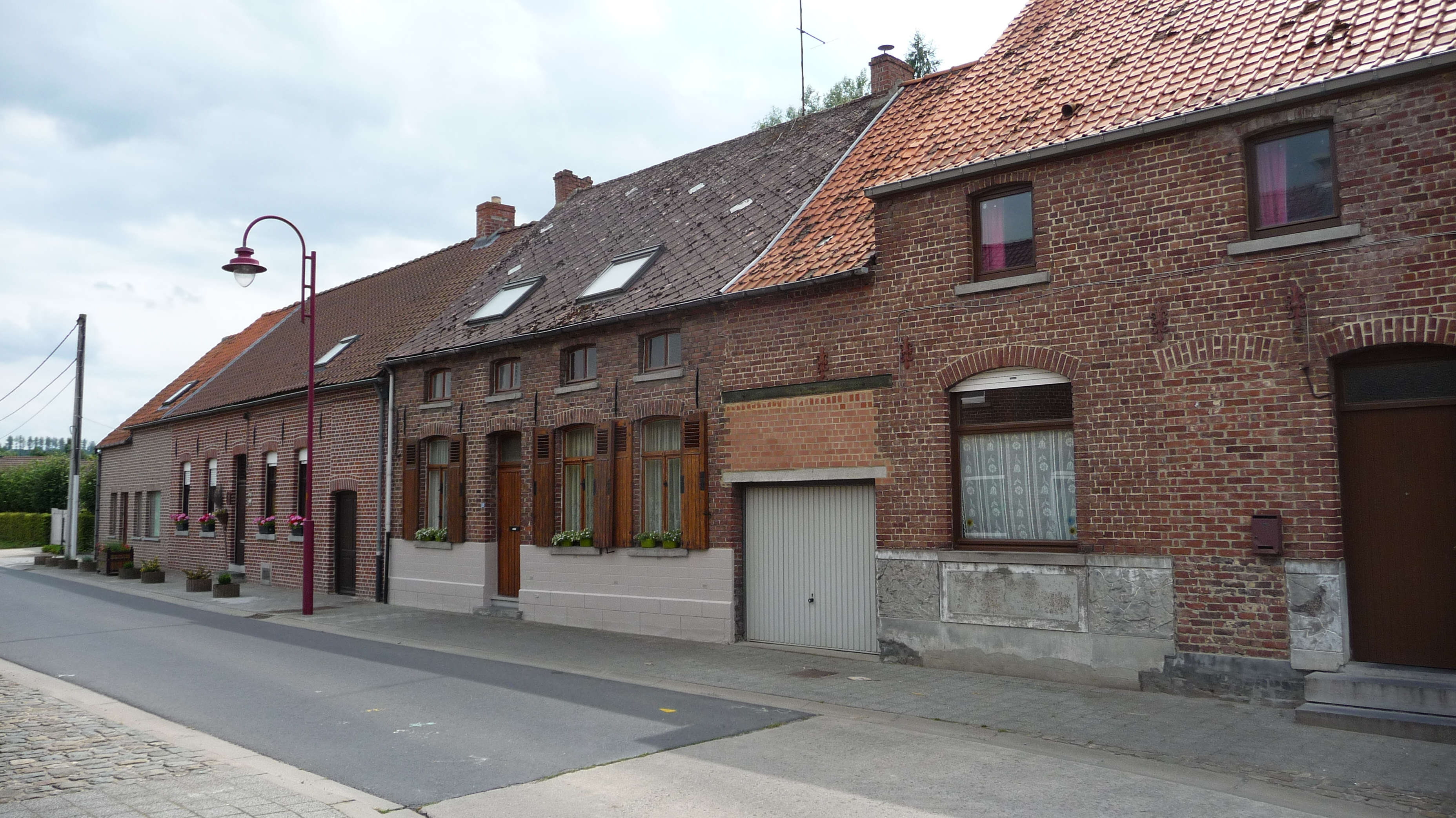 Cottages in Frasnes-les-Anvaing