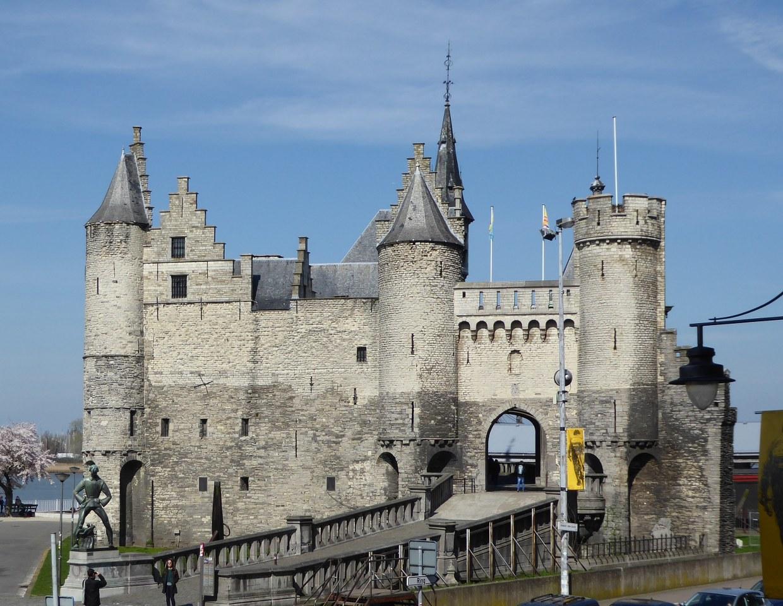 Antwerp's historic centre: Het Steen