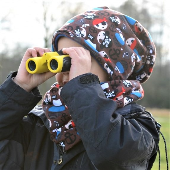 Choosing binoculars for kids