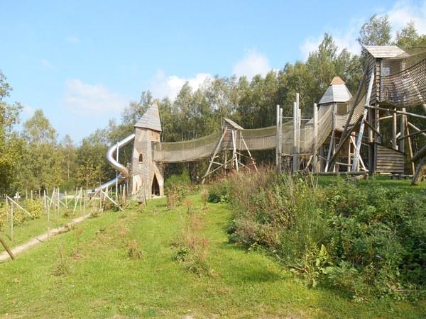 Les activités de plein air pour les enfants en Belgique incluent Chlorphylle Park Manhay