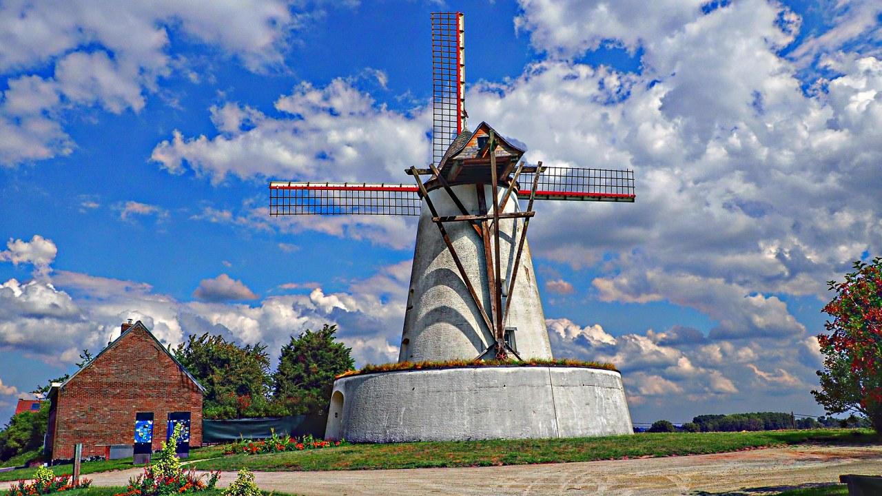 Blanc Moulin Ostiches