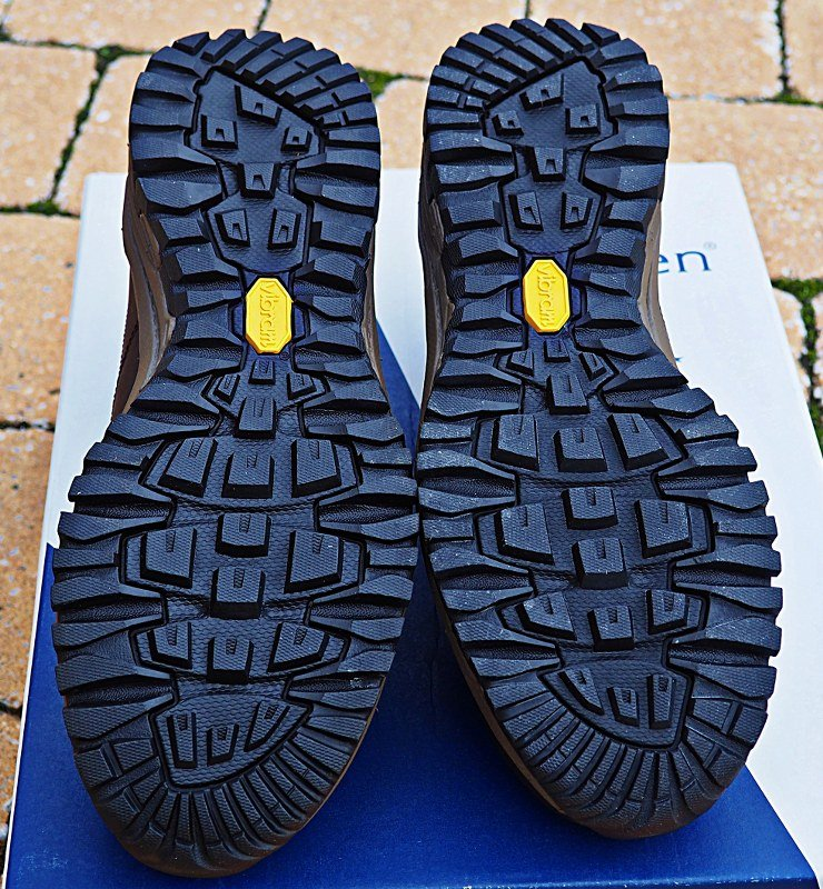 Bologna hiking shoes