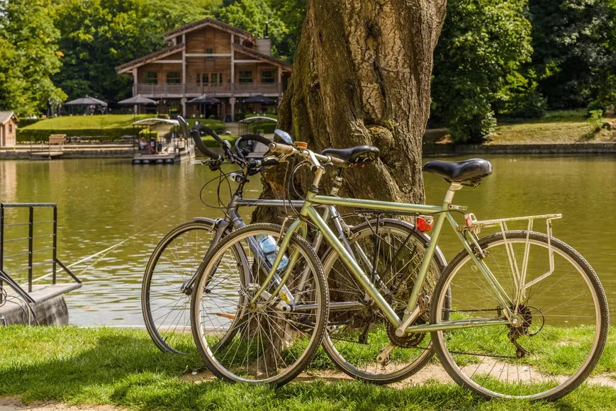 Biking around Brussels